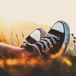 【感激】靴底が薄いコンバースのスニーカーで足の裏が痛いときに試すべきインソールはこれ!