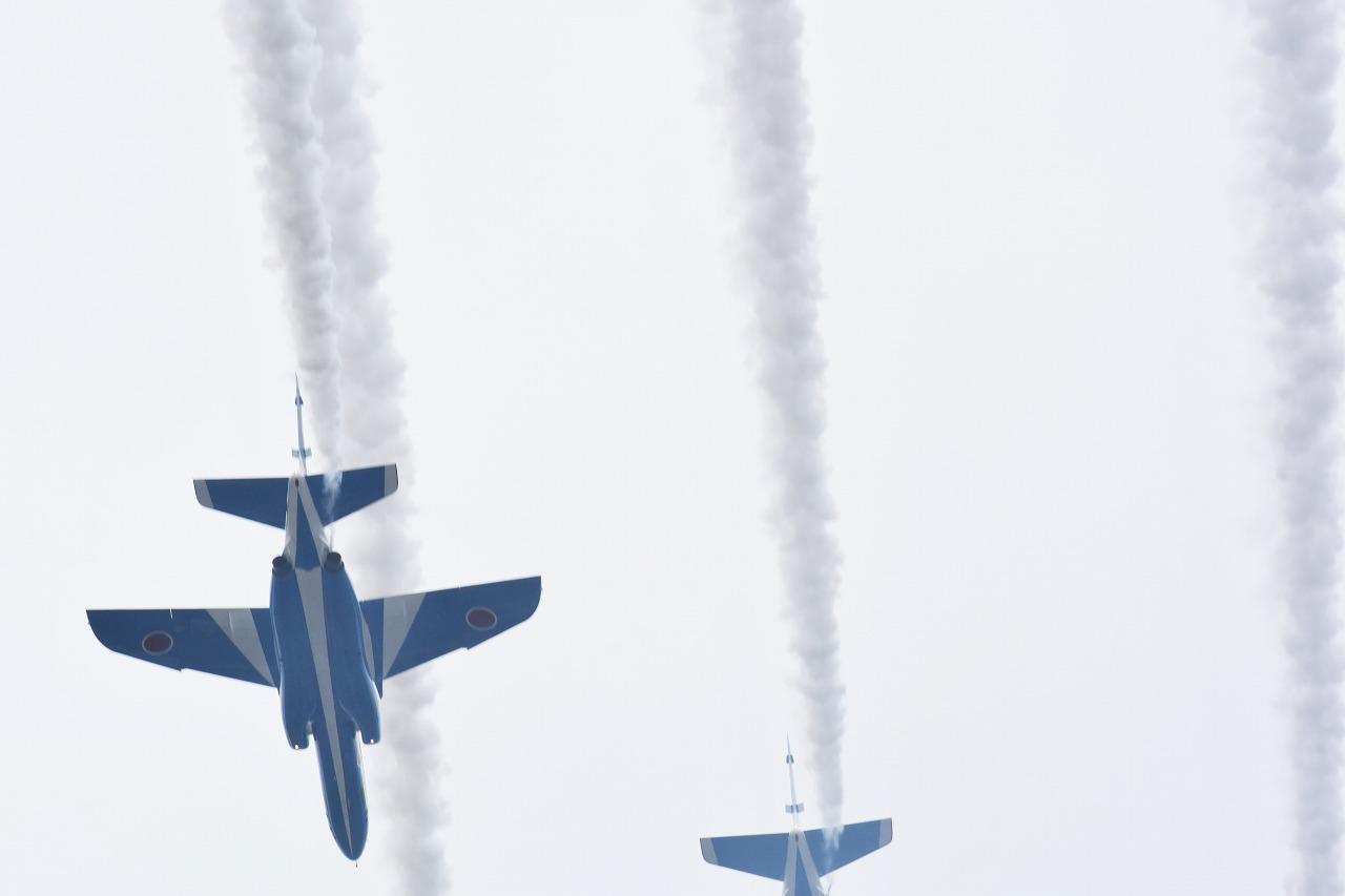 入間基地航空祭2019年ブルーインパルス課目(ピラミッド・ローパス)