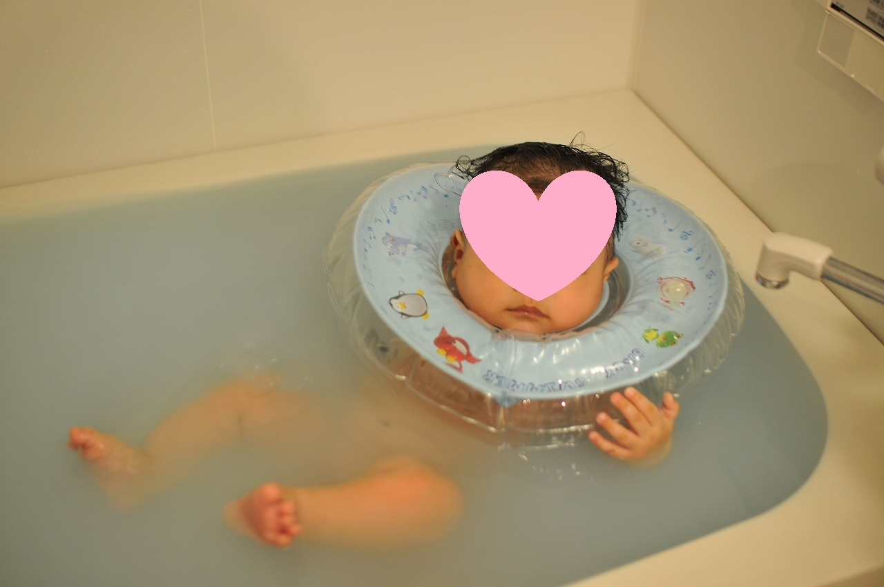 【年子の入浴】スイマーバはいつから?危険はないの?