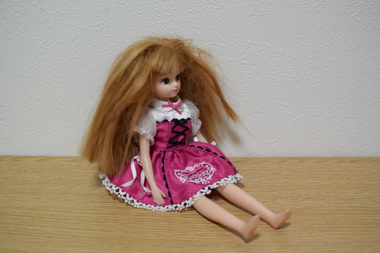 リカちゃんのボサボサになった髪の毛を復活させるお手入れ方法!(柔軟剤編)