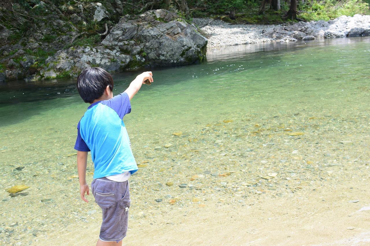 パスカル清見で水遊び