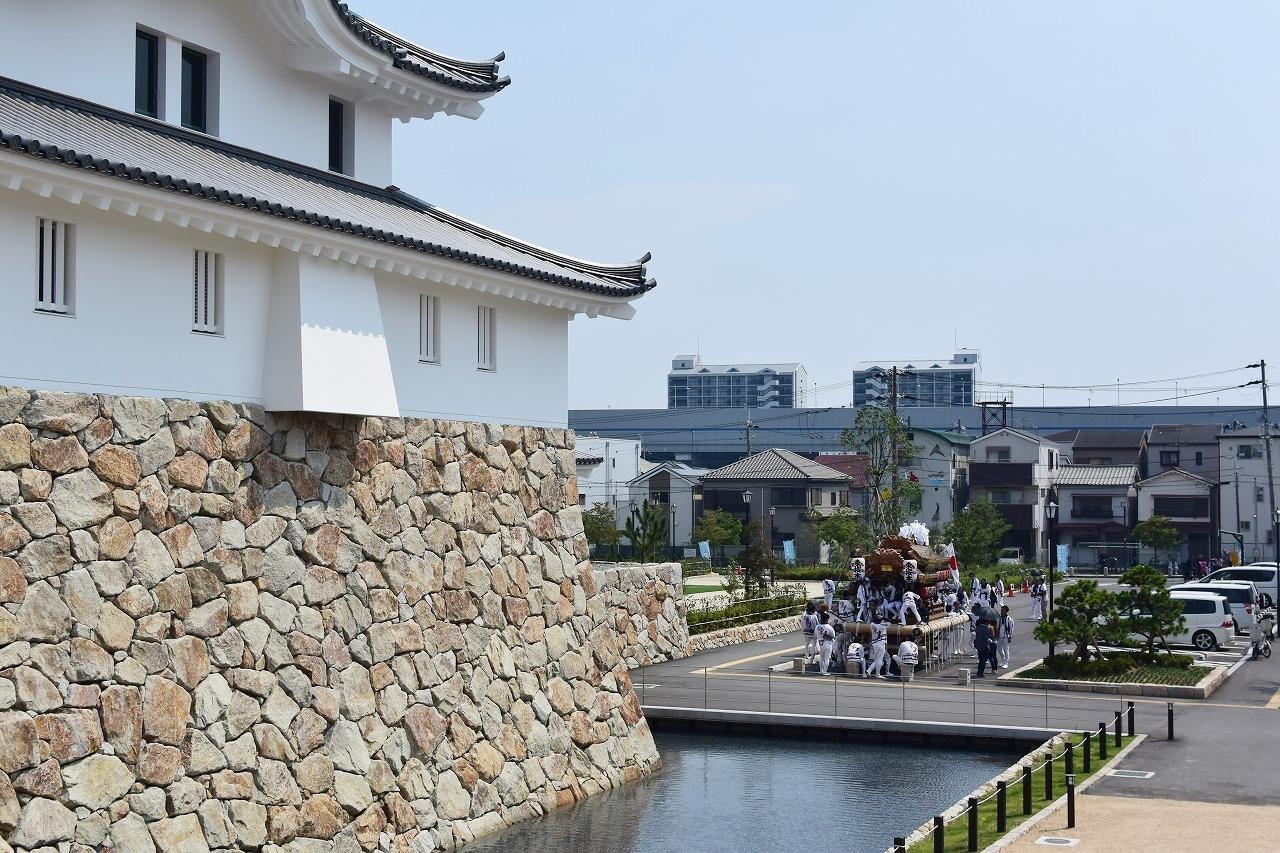 尼崎城とだんじり