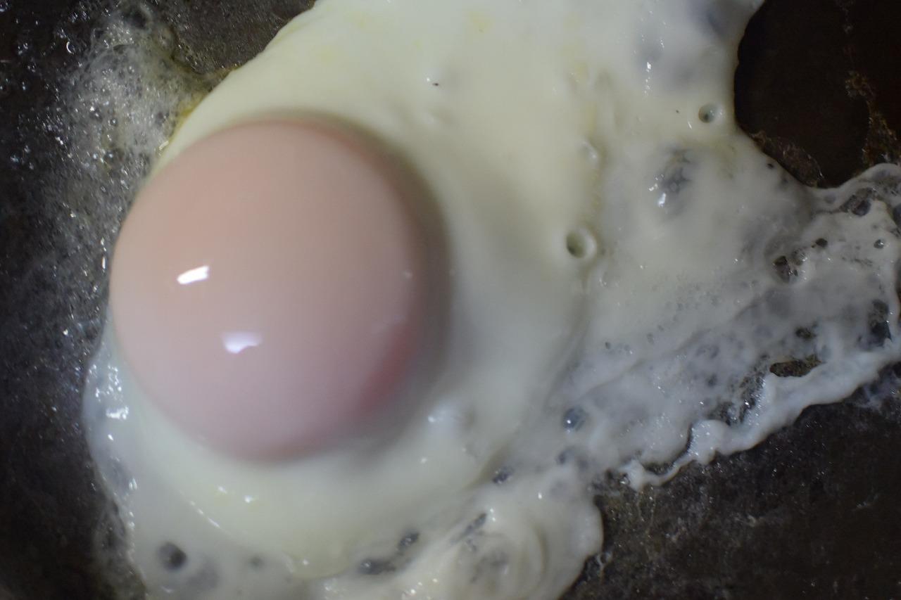 ジブリ飯ラピュタ目玉焼きトースト