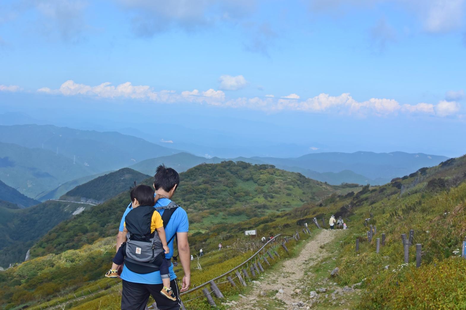 滋賀県伊吹山へ子連れ登山